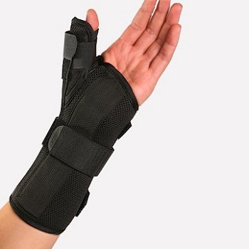 Therapist's Choice Wrist Brace with Spica Thumb