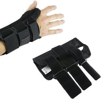 Wrist Brace Pair by Houseables