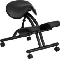 Saddle kneeling chair