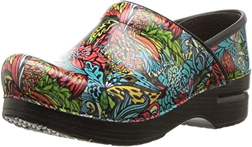 Dansko women's professional clog - Best Shoes For Healthcare Workers