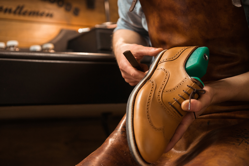 How to Stop Leather Shoes From Squeaking